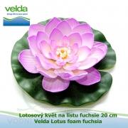 Lotosový květ na listu fuchsie 20 cm - Velda Lotus foam fuchsia